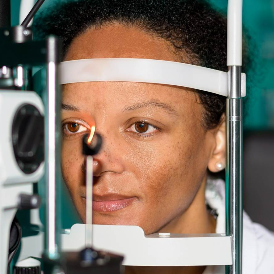 woman undergoing an eye examination